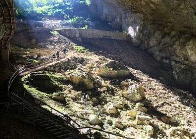 grotte hebergement